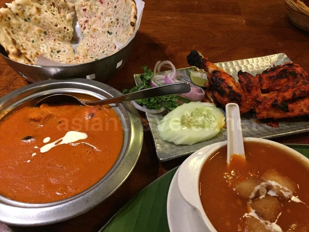 インド料理店「Passage Thru India」にて
