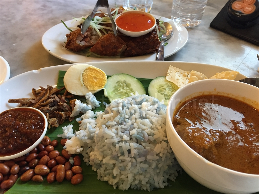 マレーシア料理店「Preciou Old China」のNasi Lemak